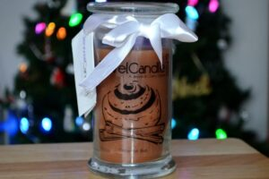 JewelCandle Cinnamon Bun Ring Candle Review + Ring Reveal 5
