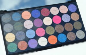 Makeup Revolution Ultra Eyes Like Angels 32 Eyeshadow Palette Review / Swatches 3