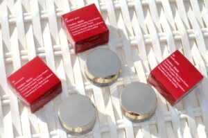 Clarins Ombre Cream-to-Powder Matte Eyeshadows Review / Swatches 3