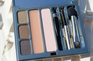 Clarins Perfect Eyes & Brows Palette Review / Swatches 3