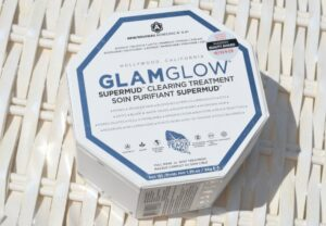 GLAMGLOW Supermud Clearing Treatment Review 3
