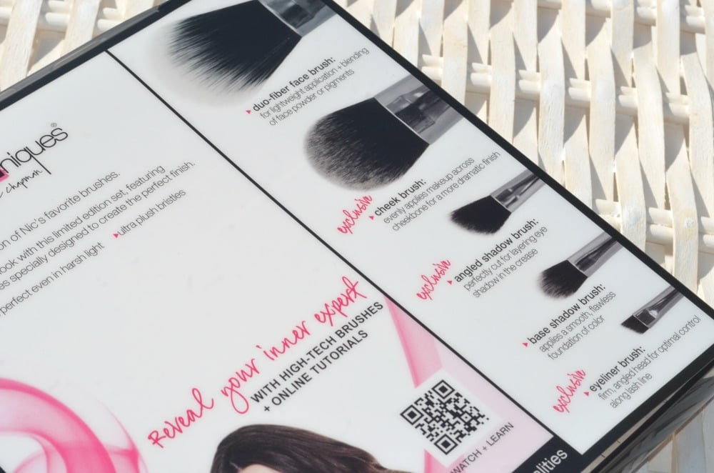 Real Techniques Nic's Picks Makeup Brush Set + GIVEAWAY!