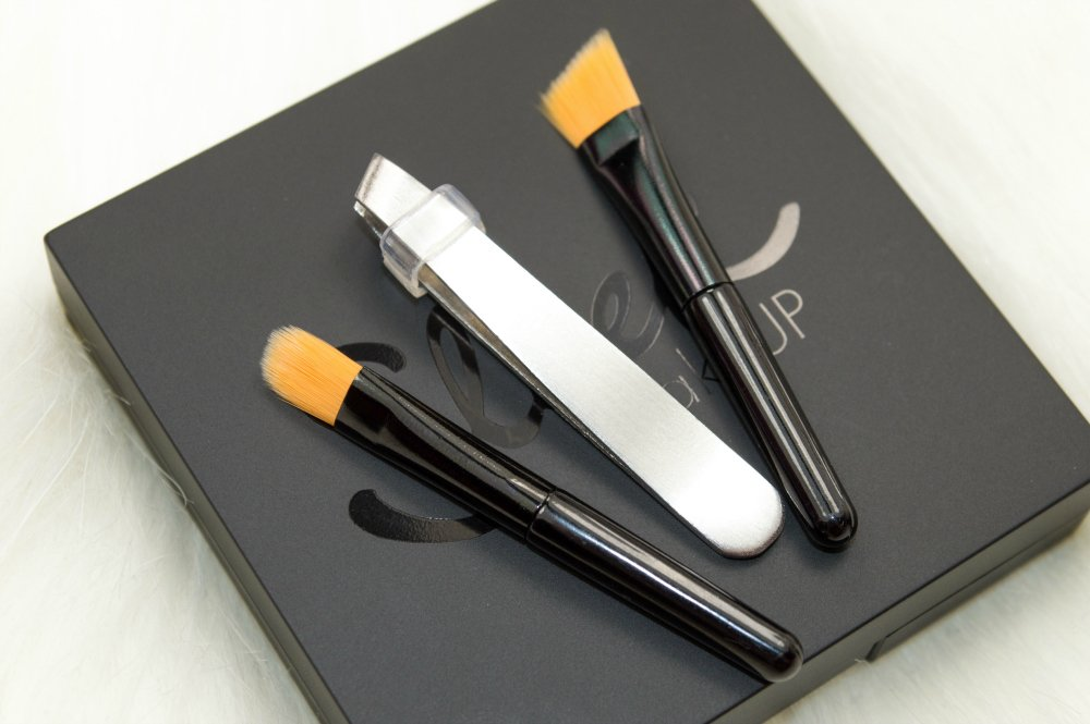 Sleek MakeUP Brow Kit Review and Swatches