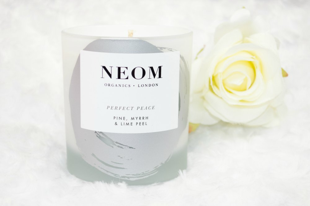 NEOM Perfect Peace Christmas Candle