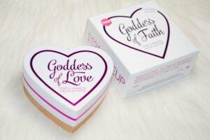 Makeup Revolution Blushing Hearts Goddess of Faith Triple Baked Highlighter 3