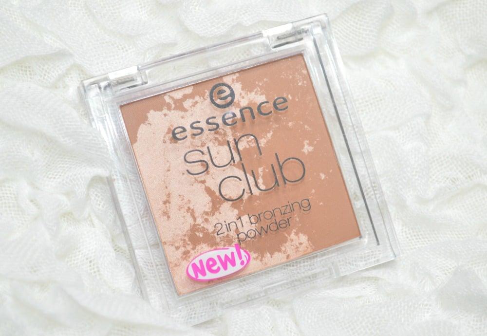 Essence Sun Club 2-in-1 Bronzing Powder