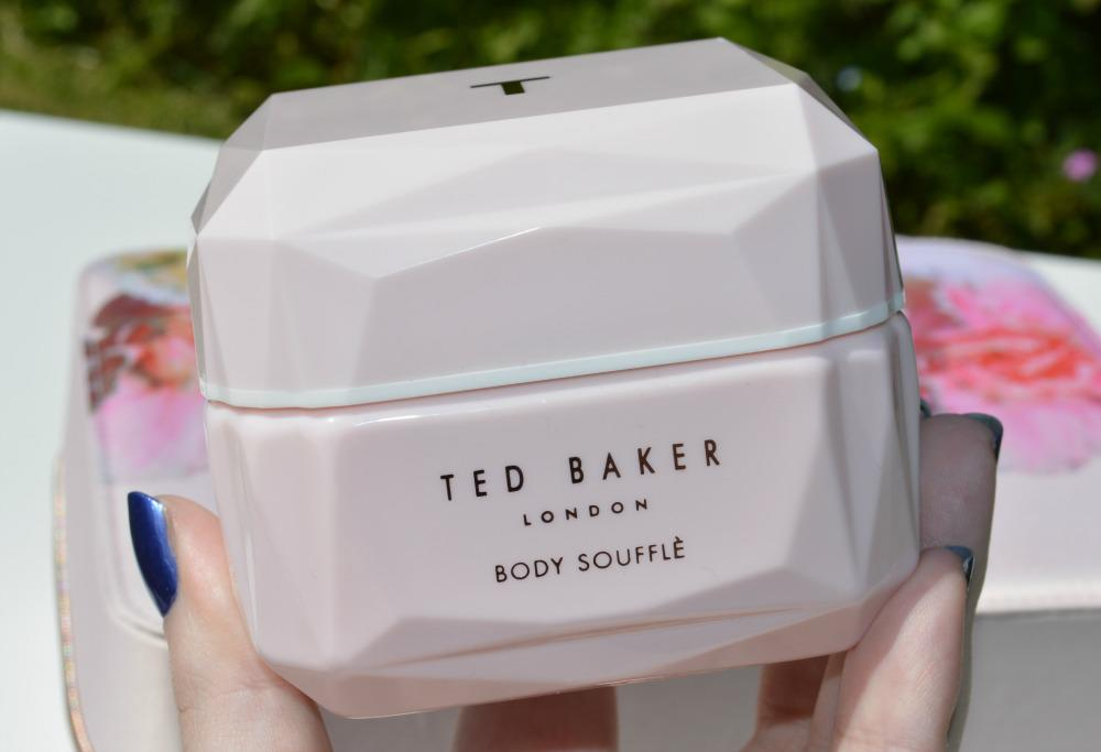 e83150261211 Ted Baker Pink Beauty Bag Gift Set