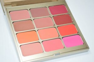 Stila Field of Florals Convertible Color Dual Lip and Cheek Palette Review and Swatches