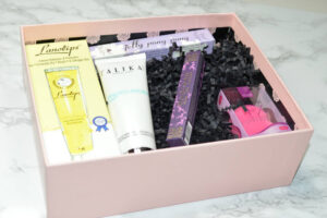 Glossybox October 2015 Unboxing and First Impressions