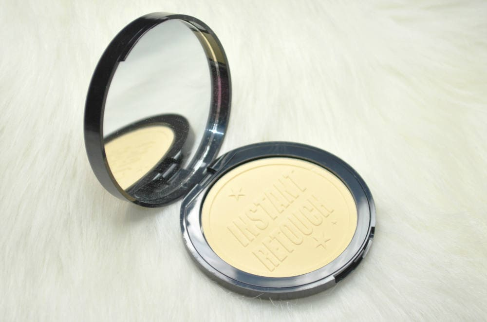 Soap and Glory Kick Ass Instant Retouch Pressed Powder
