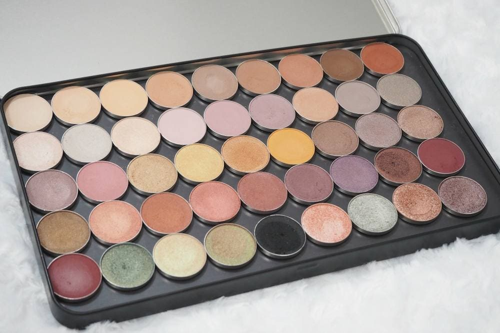 Makeup Geek Eyeshadow Collection Review and Swatches