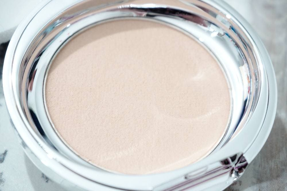 Erborian 0.09 Touch au Ginseng Creamy Powder Compact