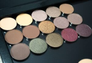 My Coastal Scents Shadow Pots Collection - Review & Swatches
