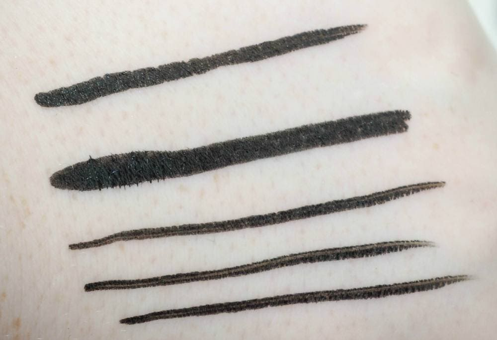 Maybelline Master Precise Curvy Eye Liner