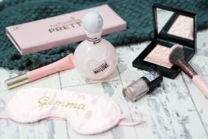 Pink and Pretty Festive Favourites and Fragrance Giveaway!
