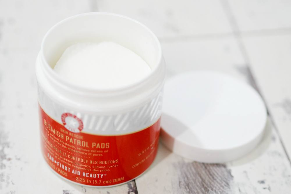 First Aid Beauty Blemish Patrol Pads