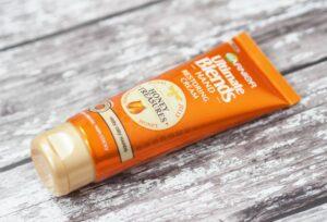 Garnier Ultimate Blends Honey Treasures Restoring Hand Cream