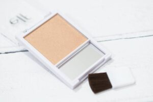 ELF Glow Shimmering Blush