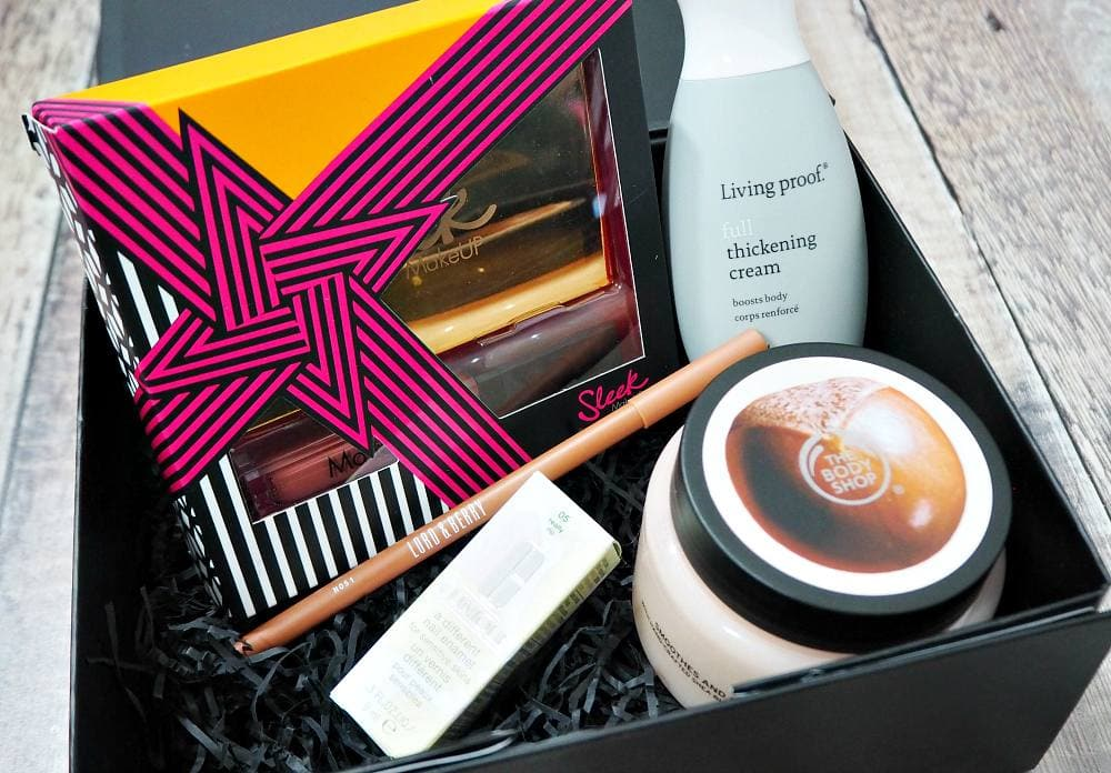 Look Incredible Standard Beauty Box October 2017