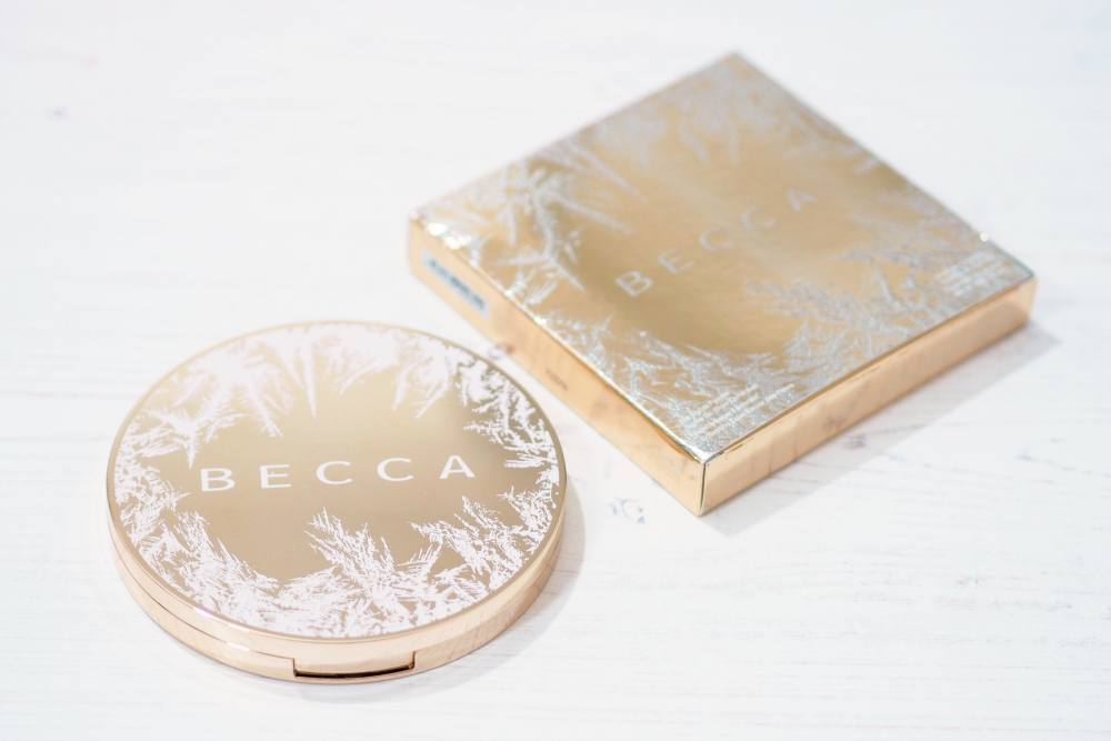Becca Apres Ski Glow Eye Lights Palette Review and Swatches
