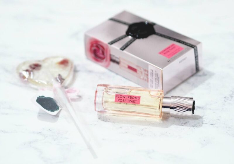 Viktor and Rolf Flowerbomb Rose Twist