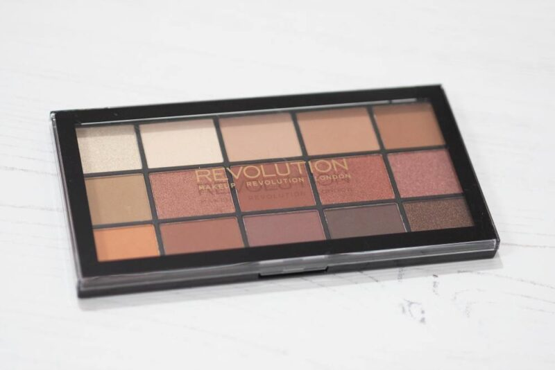Makeup Revolution Reloaded Iconic Fever Eyeshadow Palette | #MakeupRevolutionWeek