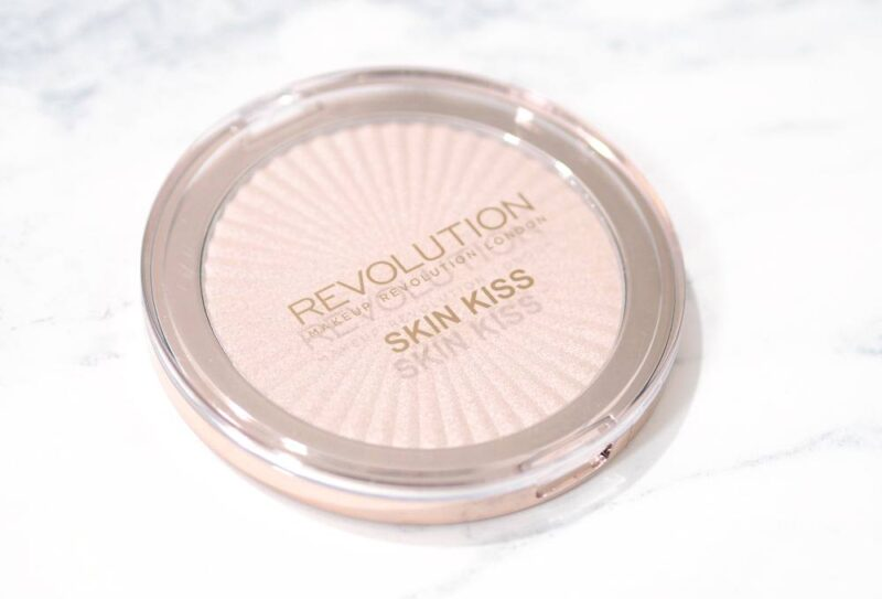 Makeup Revolution Champagne Kiss Skin Kiss Highlighter