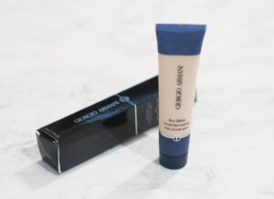 Giorgio Armani Face Fabric Second Skin Makeup Review and Swatches
