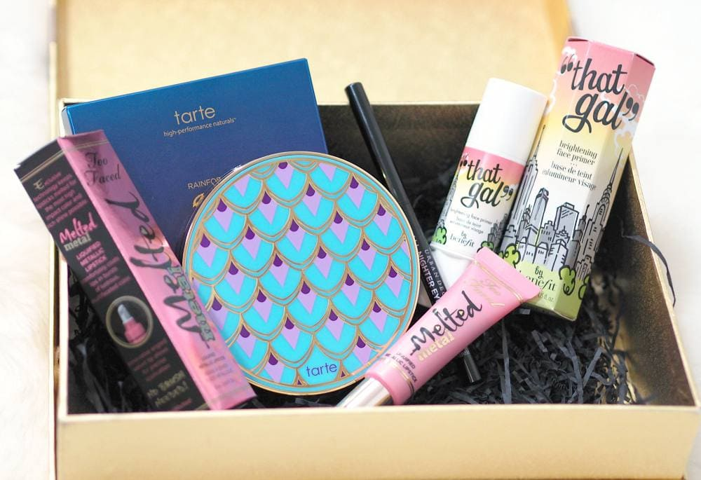 Look Incredible Deluxe April Beauty Box Unboxing and First Impressions featuring Benefit, Tarte, Too Faced and Urban Decay