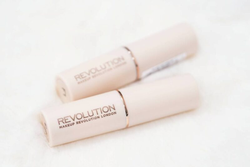 Makeup Revolution Fast Base Foundation Sticks F1 Vs. F3