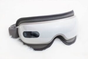 Naipo Wireless Eye Massager Review plus discount code