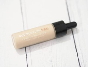 Revolution Pro Foundation Drops Review and Swatches of shade F1 on pale skin