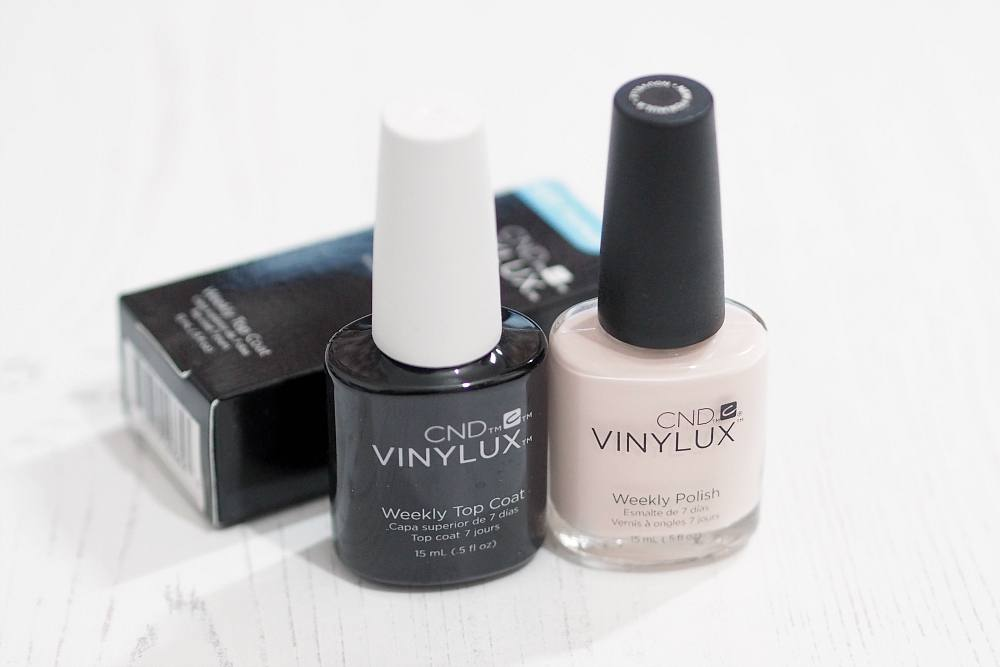 CND Vinylux Weekly Polish and Weekly Top Coat - Naked Naivette Review and Swatches