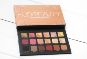 Huda Beauty Rose Gold Remastered Eyeshadow Palette Review / Swatches