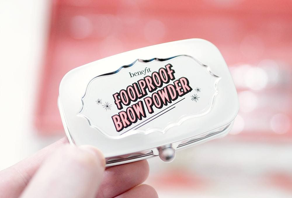 Review and Swatches of the Benefit Magical Brow Stars Blockbuster Brow Set in shade 5 ft. Fool Proof Brow Powder, Precisely My Brow, Ka-Brow, Gimme Brow