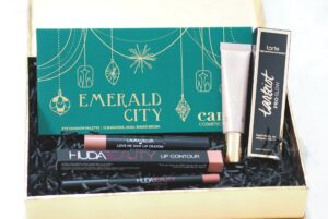 Look Incredible October Deluxe Beauty Box 2018 Unboxing and First Impressions ft. Tarte, Cargo, Huda Beauty, Laura Geller