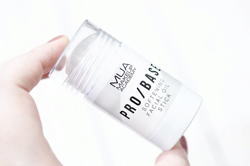 MUA Pro Base Softening Facial Oil Stick Review