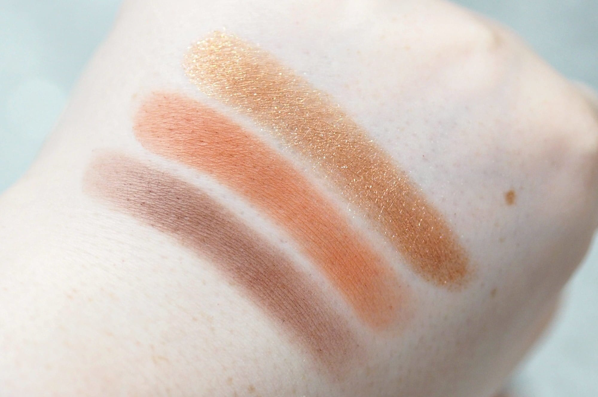 Huda Beauty Topaz Obsessions Eyeshadow Palette Review / Swatches