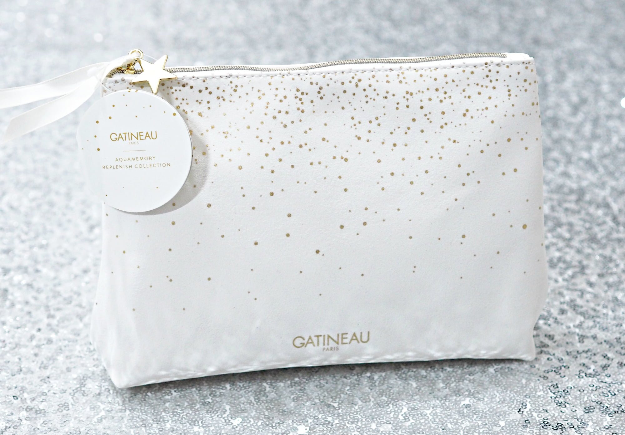Gatineau Christmas Gift Guide ft Luxury Skincare Gift Sets with the Perfection Ultime, Defilift 3D, Aquamemory and Gentle Silk Collections