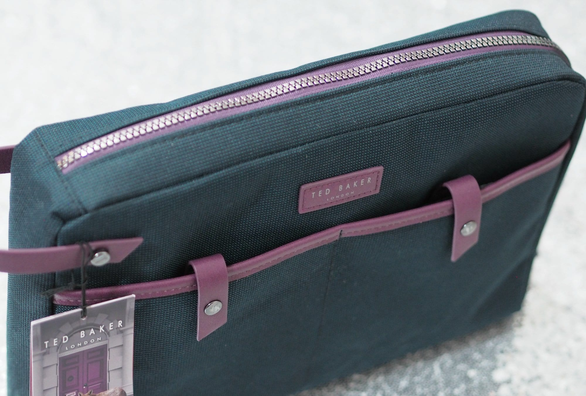 Ted Baker Travel Pouch Gift Set