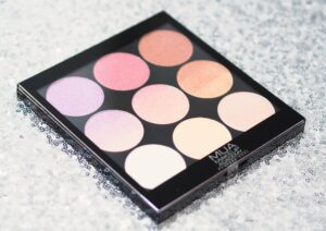 MUA Glimmering Gemstones Gradient Light Palette