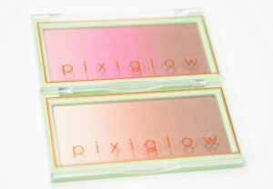 PixiGlow Cake 3 in 1 Luminous Transition Powder Review and Swatches in PinkChampagne Glow and GildedBare Glow