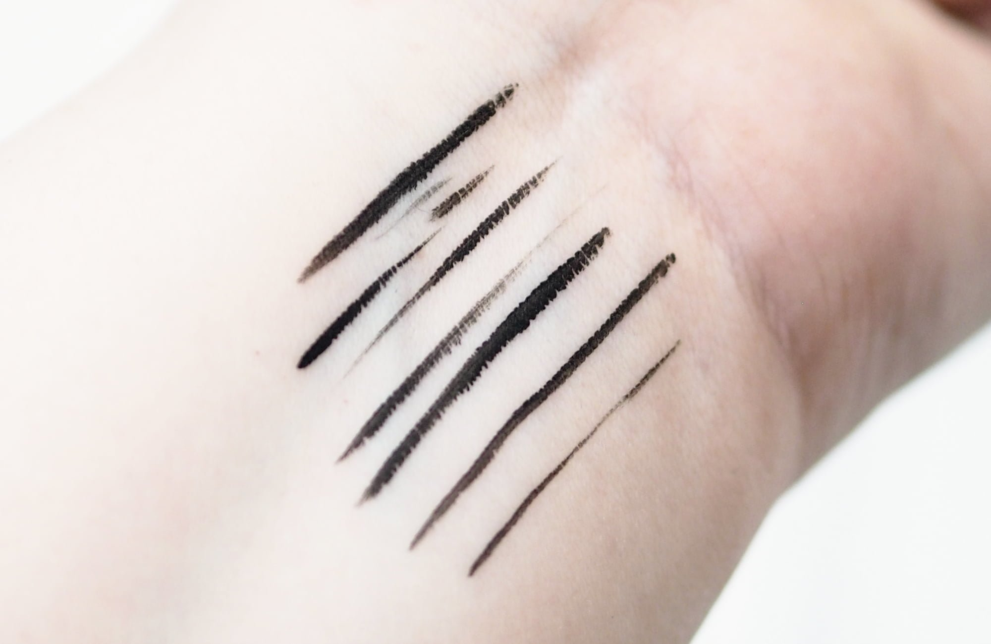 Revlon ColorStay Liquid Liner Review and Swatches