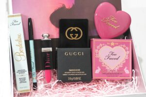 Look Incredible January Deluxe Beauty Box 2019 ft Tarte, DIOR, Too Faced and Gucci