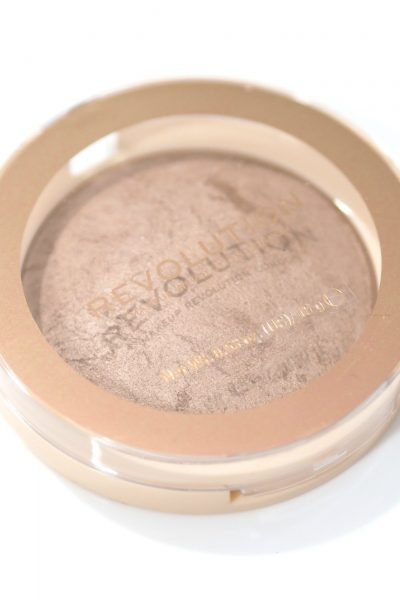 Revolution Bronzer Reloaded - Hourglass Dupe! in shade Holiday Romance Review and Swatches