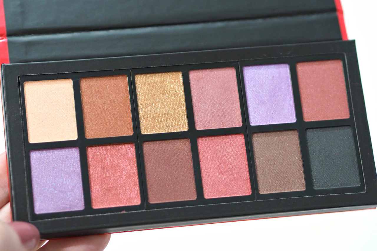 I Heart Revolution Dragon's Heart Eyeshadow Palette Review / Swatches