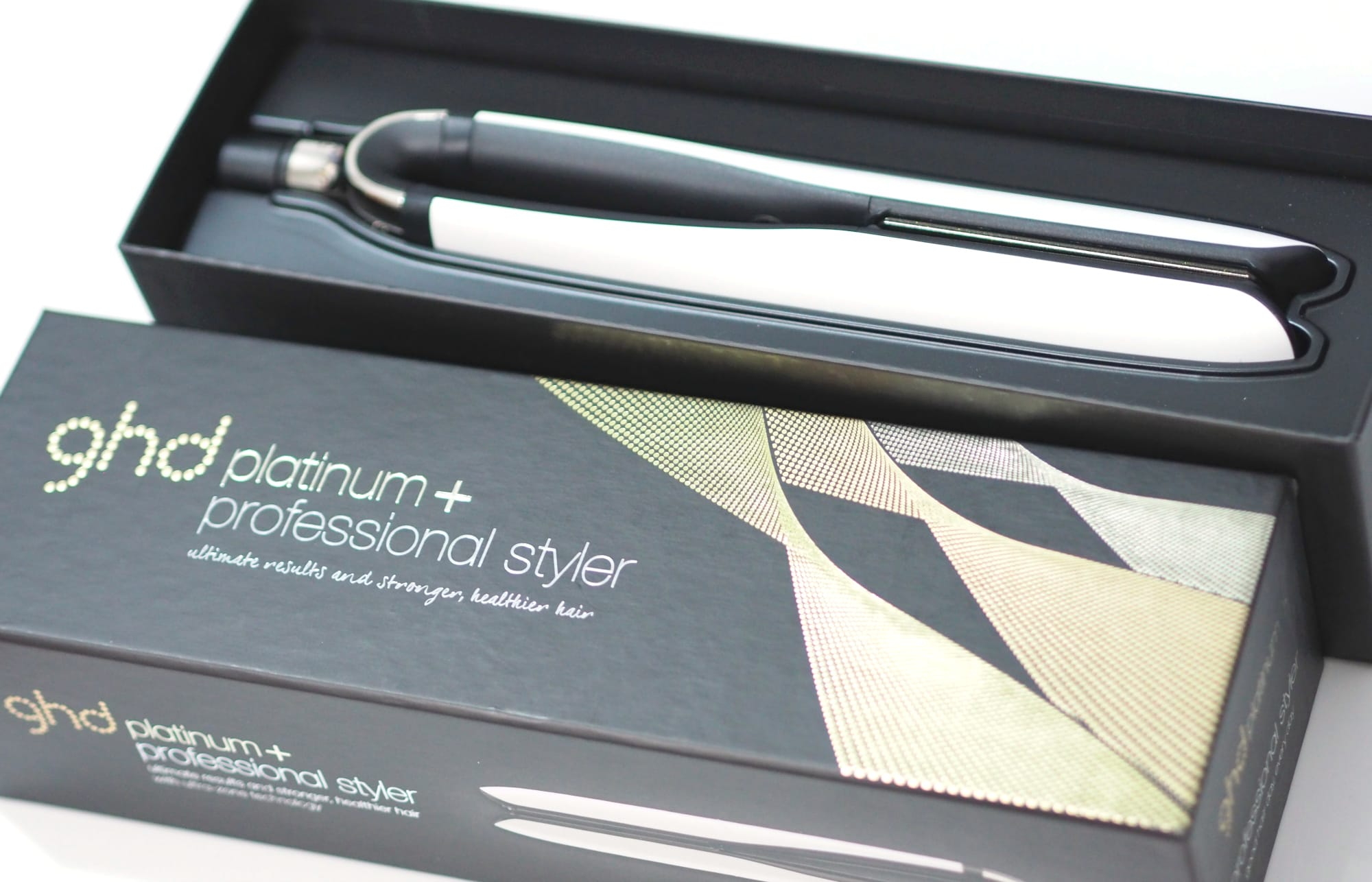 Review of the NEW ghd Platinum + Styler Hair Straighteners in white