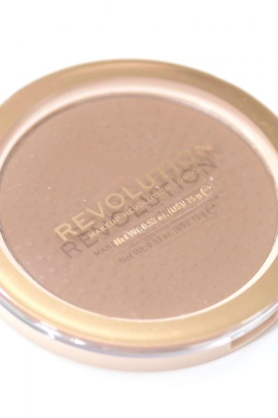 Revolution Mega Bronzer Review and Swatches in the shade 01 Cool