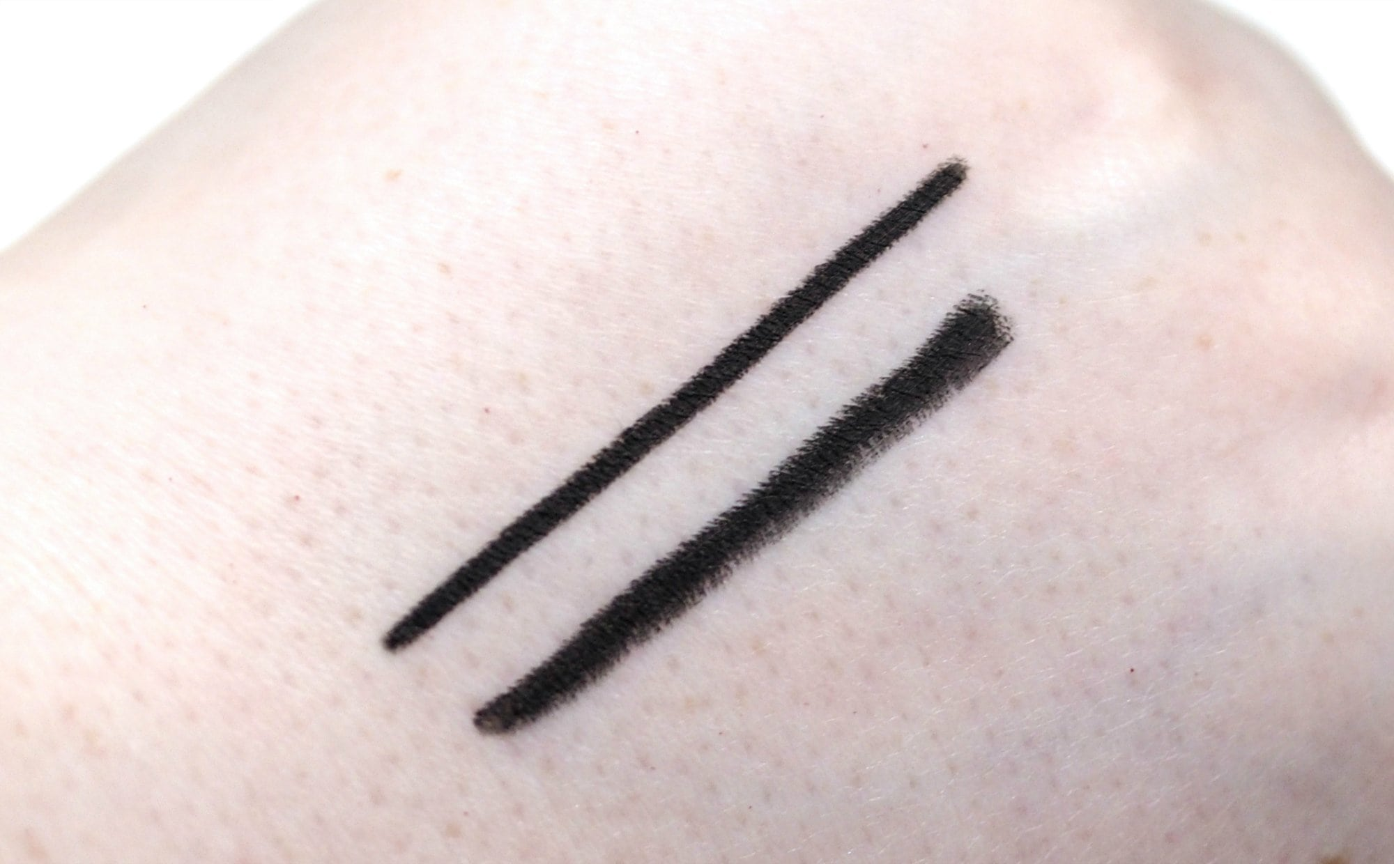 Maybelline Tattoo Liner Gel Pencil Review and Swatches in Deep Onyx