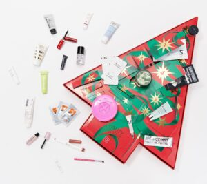 QVC Beauty Christmas Advent Calendar 24-Piece Sample Collection 2019 Contents Reveal